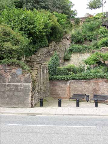 Lower wall and Breakneck Stairs